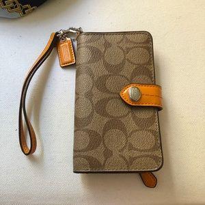 Coach iPhone Wallet Wristlet Case